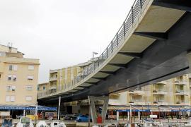 Pastor deberá pagar 1.000 euros quincenales si no derriba el Pont del Riuet