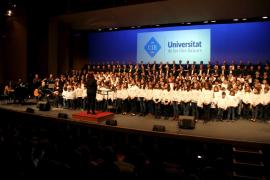 Concierto de Navidad solidario de las corales de la UIB en el Auditòrium