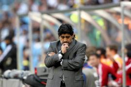 Maradona, destituido como entrenador