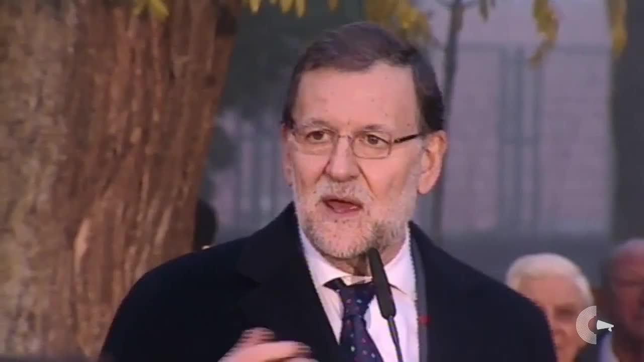 Rajoy se lía a cuenta de «los vecinos» y «el alcalde»