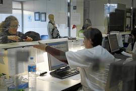 Los médicos denuncian la falta de sustitutos en algunos centros de salud