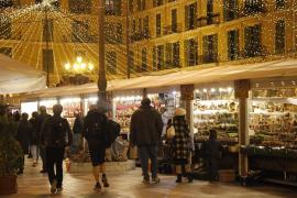 Abre el mercado navideño de Palma