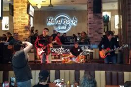 Back in Town, concierto solidario por el Movember en el Hard Rock Café
