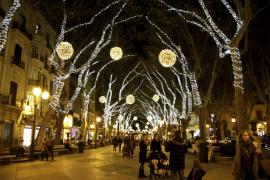 Diez consejos para no gastar más de lo deseado en las compras navideñas