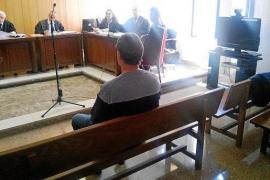 La Audiencia ordena la puesta en libertad del primer encarcelado por maltrato animal