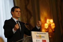 Rivera, si no consigue gobernar, será líder de la oposición