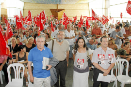 UGT y CCOO avisan al Gobierno: «De la resignación a la crispación sólo hay un paso»