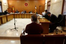 Piden cuatro años de cárcel para el exgerente del Club Náutico de Cala Gamba por estafa