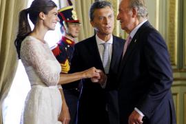 Macri pide una patria unida en su juramento como presidente de Argentina