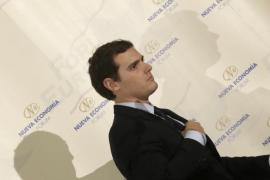 Rivera califica de error jugar en campaña con la violencia de género