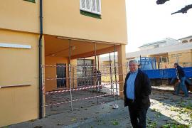 El Ajuntament de Santa Margalida apuntala dos aulas del colegio de Can Picafort