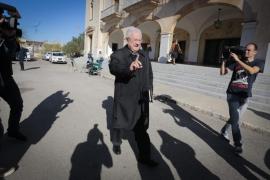 La jerarquía de la Iglesia cierra filas  y muestra su apoyo público al obispo