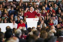 Sánchez: «El azul, el naranja y el morado son unas amistades peligrosas que quieren dañar al PSOE»