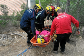 Rescate de una turista de 70 años que se despeñó en una excursión por Cap Andritxol