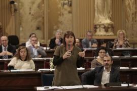 Armengol propone reformar el Estatut d'Autonomia para blindar derechos