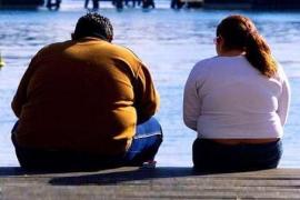 Una tesis sugiere la necesidad de revisar las actuales políticas sanitarias para atajar la obesidad