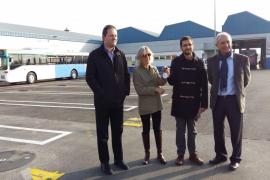 Palma dona un autobús a Amigos del Pueblo Saharaui