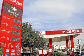 El precio del litro de gasoil cae por debajo del euro por primera vez en siete años