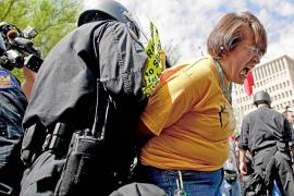 El movimiento hispano se moviliza contra Obama