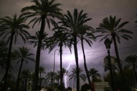 Tormenta huracanada