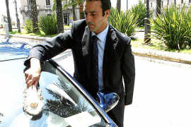 El Consell impedirá que los directores insulares vayan en vehículo con chófer