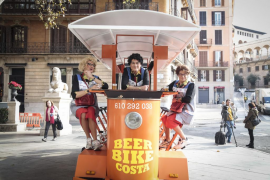 Diabéticas Aceleradas toman Palma en carro ante el estreno del 'Gran Buffet Ca Ses Brutes'