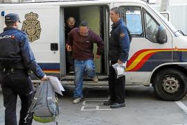 Detenido un hombre por abusar de una de sus hijas y de su nieta en un piso de Son Ferriol