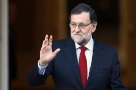 Rajoy, tras su reunión con Sánchez, aboga por dialogar