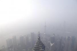 La contaminación obliga a cancelar 200 vuelos en Pekín