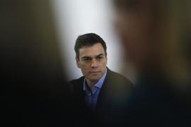 El enredo en el PSOE complica los pactos de gobierno