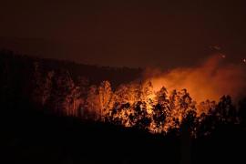 Cantabria, en alerta  máxima con cerca de 80 incendios
