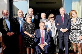 El Rotary Club Mallorca celebra. una comida por Navidad