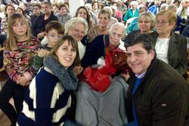 Manacor felicita a las centenarias Carme Álvarez-Ossorio y Antonia Riera