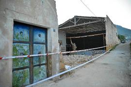 Las máquinas empiezan a derribar el antiguo teatro ORPA del Port de Andratx