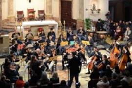 La Jove Orquestra Balear toca en la Iglesia de Sant Jaume