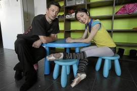 Michael Revie y Ryoko Yagyu bailan en un sueño lleno de juguetes