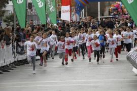 Más de 800 niños participan en la VII Carrera de Reyes del IME