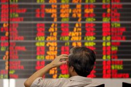 China recula y suspende el mecanismo de 'cortocircuitos' que bloqueaba la Bolsa