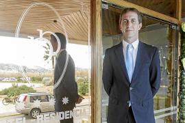 """Eduardo Manero: """"La oferta ilegal provoca daño al hotel y a la isla"""""""