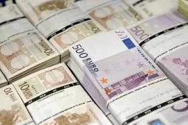 Familias y empresas deben 29.606 millones de euros