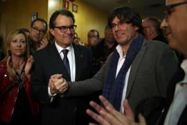 Puigdemont a Mas: «Todos hacemos falta»