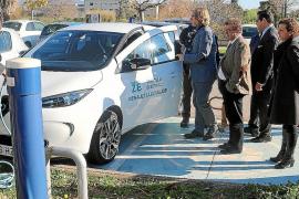 Cort instala cinco nuevos puntos de carga para vehículos eléctricos