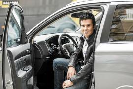 Acuerdo de colaboración entre Mitsubishi y Javier Gómez Noya