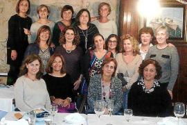 Reunión navideña de antiguas alumnas del colegio San Rafael