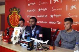 El Mallorca presenta a Colunga y Roigé, sus nuevos refuerzos
