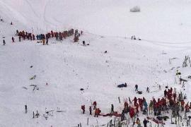 Al menos dos muertos por un alud en los Alpes franceses