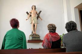 El párroco de es Capdellà prohíbe a los vecinos sacar a Sant Sebastià en procesión
