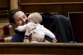La «sobreactuación» de Iglesias y Podemos en el Congreso es una estrategia para apretar al PSOE