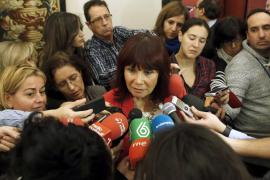 Micaela Navarro renuncia a usar «en exclusiva» un coche oficial del Congreso