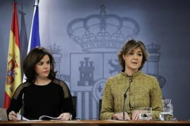 El Gobierno critica al PSOE por ceder senadores a ERC y DiL